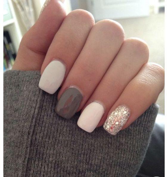 short almond vs round acrylic nails photo - 2