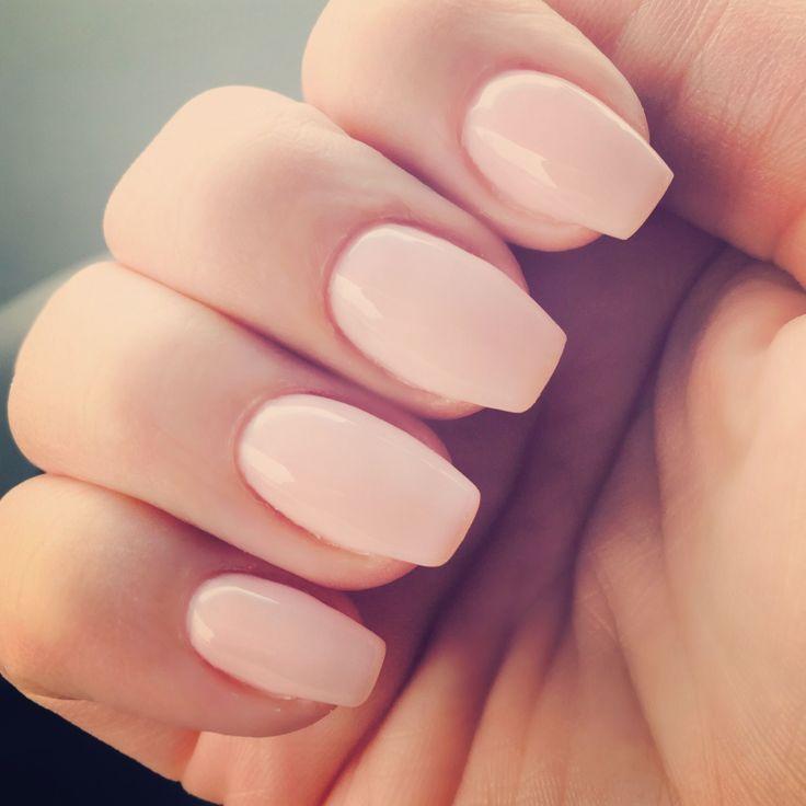 Short coffin shaped acrylic nails - Expression Nails