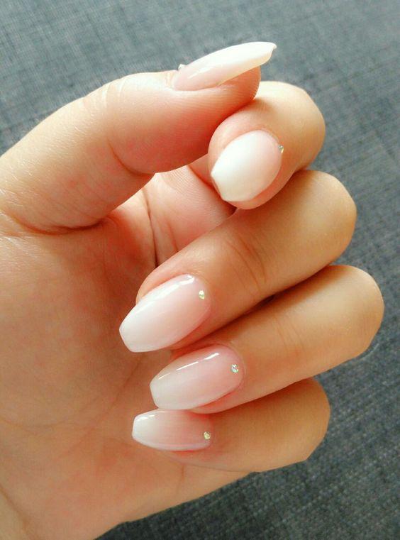short nails acrylic photo - 1