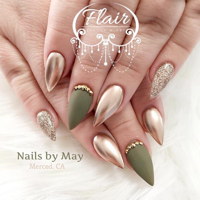 short nude stiletto nails photo - 1