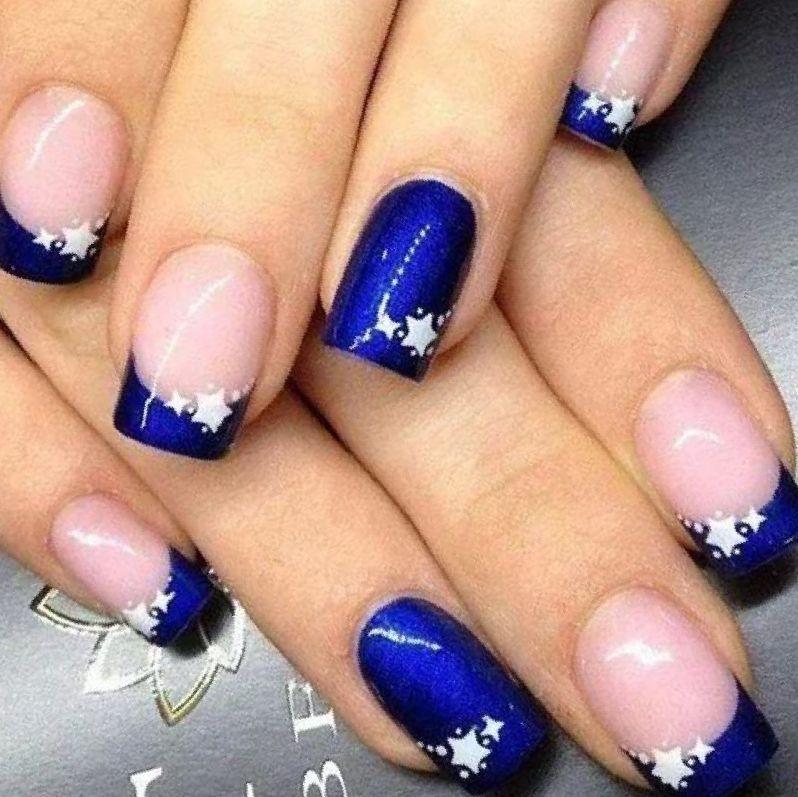 short royal blue acrylic nails photo - 2
