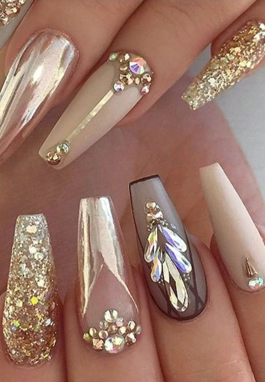 short stiletto wedding nails photo - 1