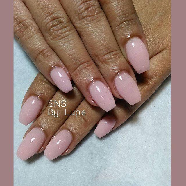 sns nails vs acrylic photo - 2