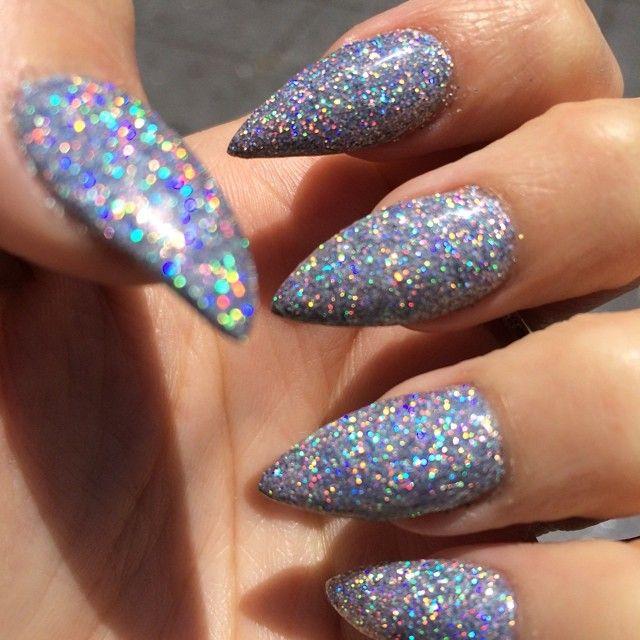 sparkly stiletto nails photo - 1