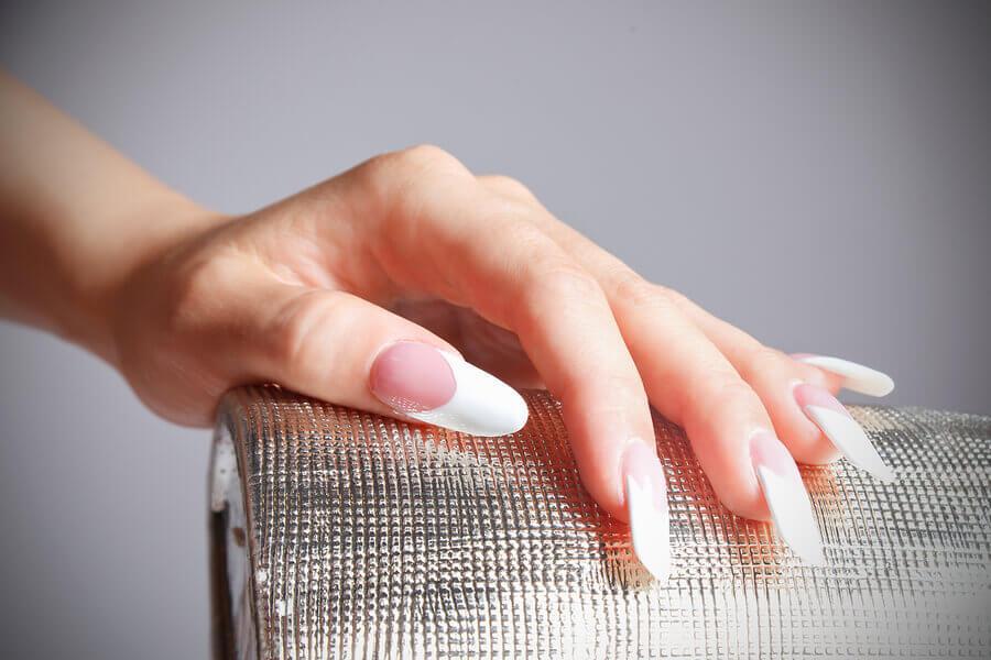 stick on acrylic nails photo - 1