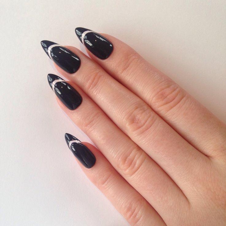 stiletto acrylic nails black photo - 2