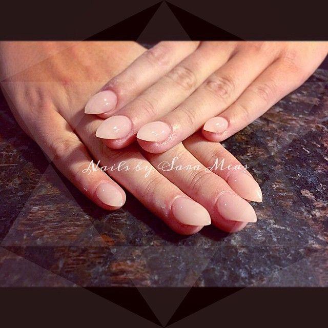 stiletto bubble nails photo - 1