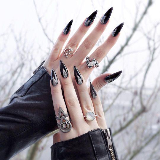 stiletto nails black goth photo - 2