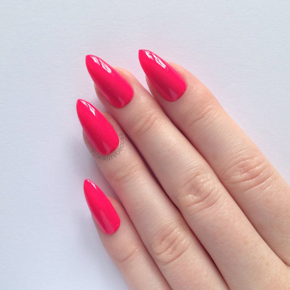 stiletto nails how to shape photo - 2