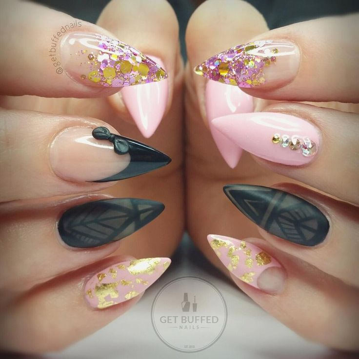 stiletto nails pink and gold photo - 2