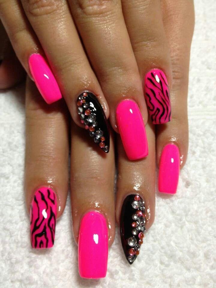 stiletto nails pink white and black zebra photo - 2
