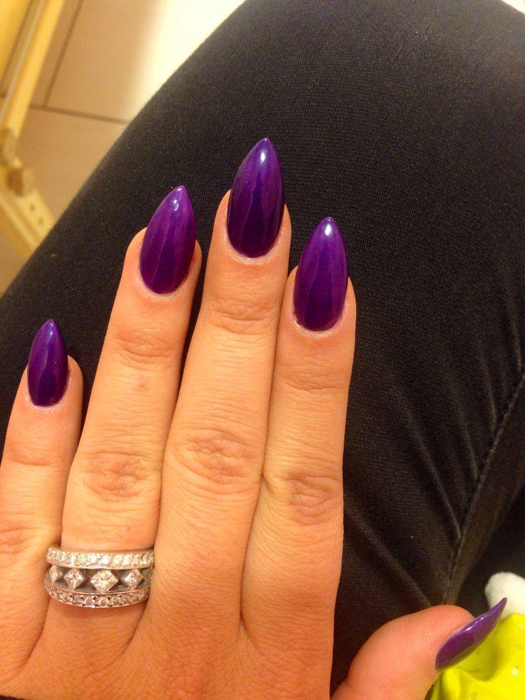 stiletto nails purple photo - 1