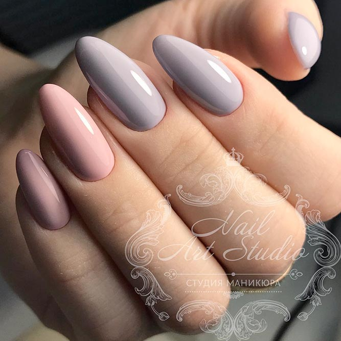 stiletto nails short vs almond nail photo - 2
