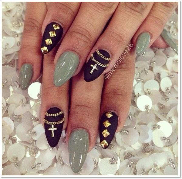 stiletto nails with cross design photo - 2