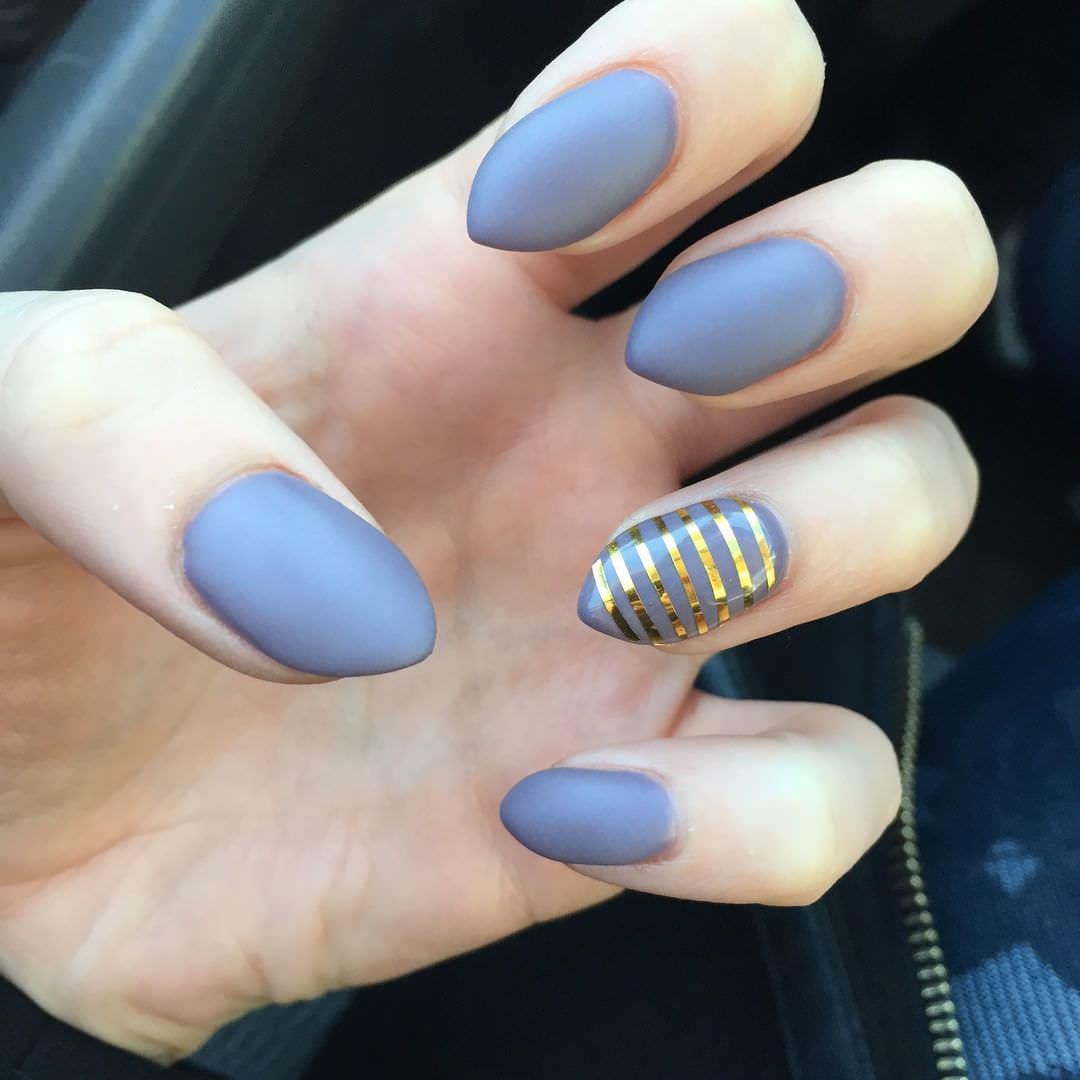 stiletto short nails photo - 2