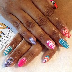 taking acrylic nails off in the salon photo - 1