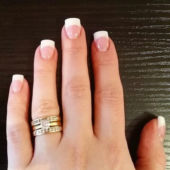 tan acrylic nails photo - 1
