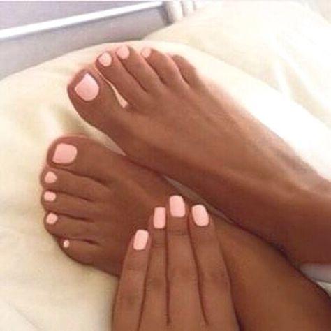 tan acrylic nails photo - 2