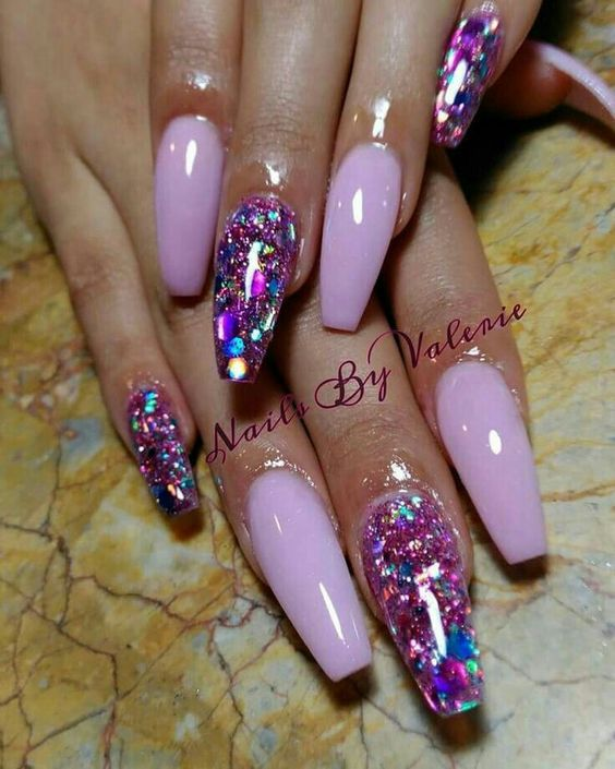 trendy acrylic nails with designs photo - 1
