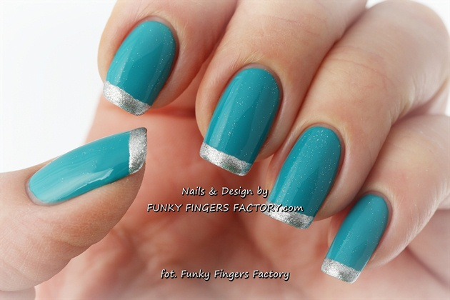 turquoise gel nails with silver photo - 1