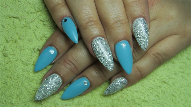 turquoise gel nails with silver photo - 2