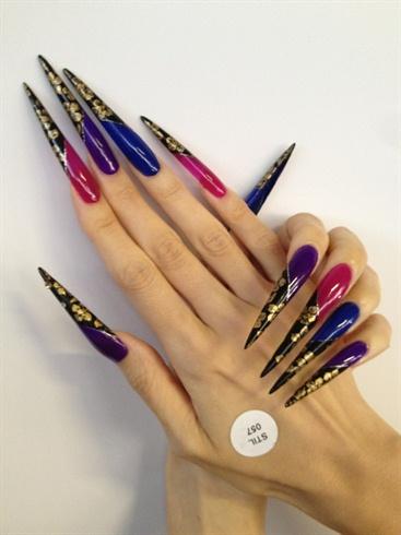 very long stiletto nails photo - 1