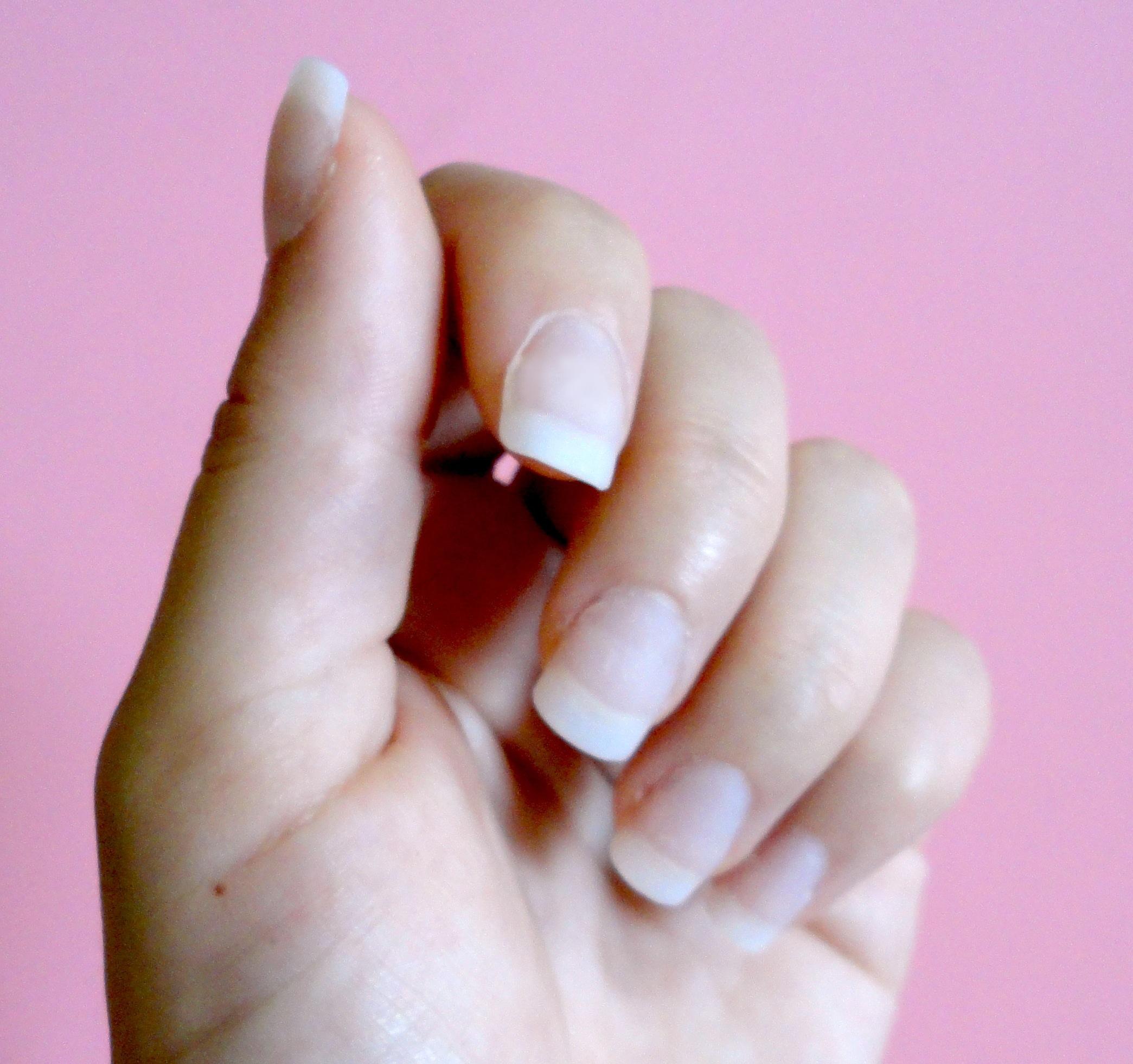 what do acrylic nails do photo - 2