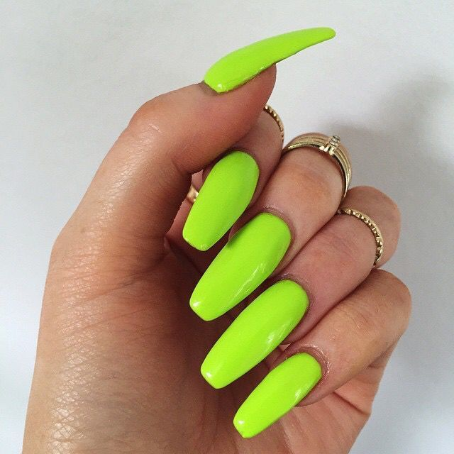 what not to do right after getting acrylic nails photo - 1