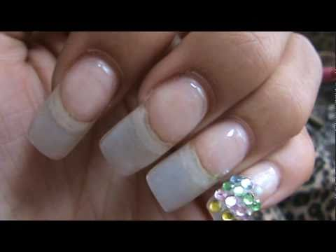 what the healthiest acrylic or gel nails photo - 2