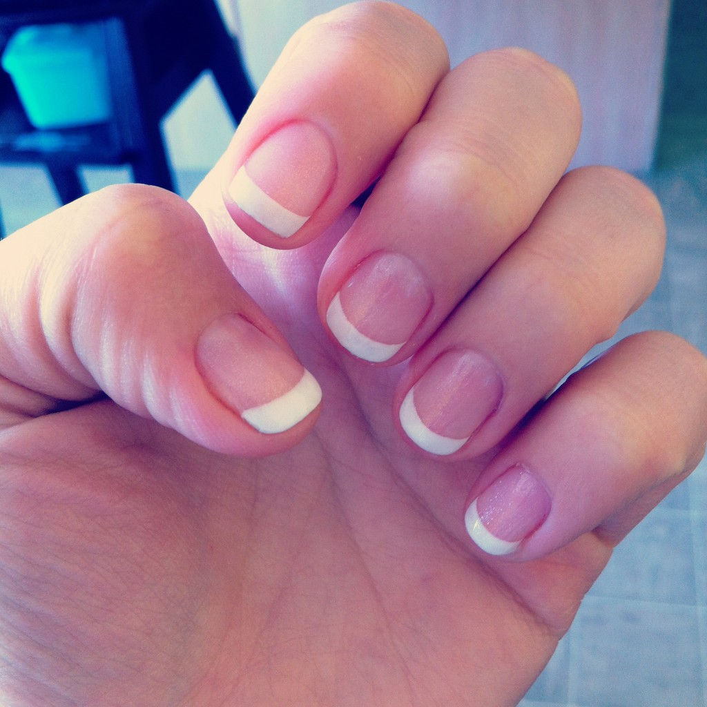 what to do when gel nails chip photo - 2