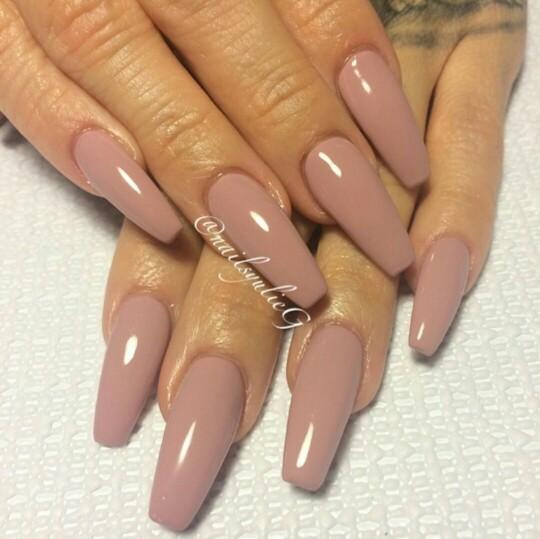 white acrylic nails really long photo - 2