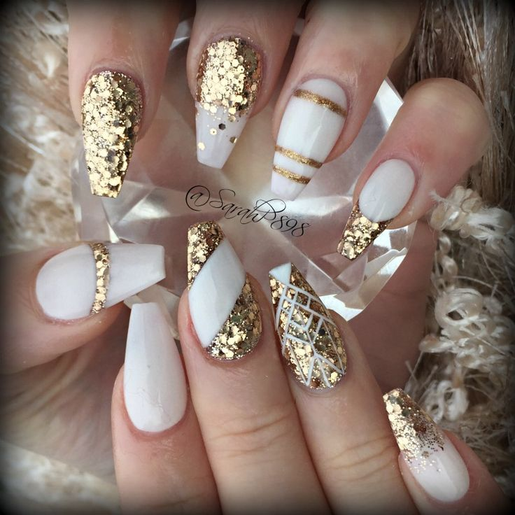 white and gold nails coffin photo - 2
