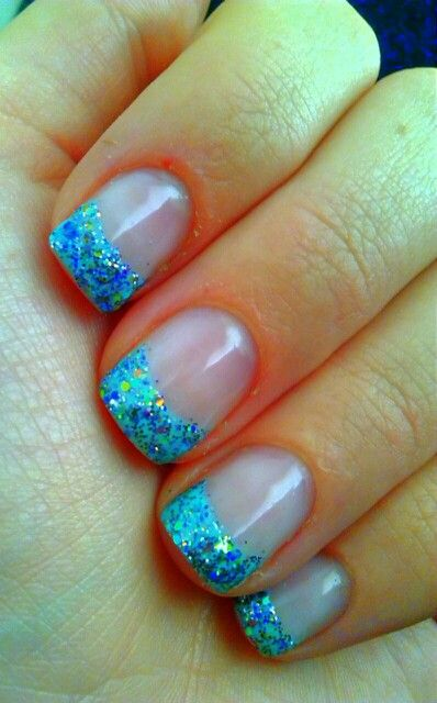 white and teal gel nails photo - 1