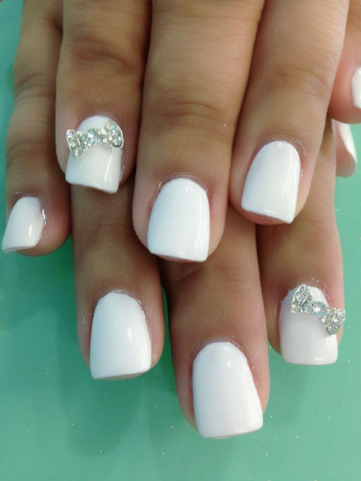 white gel nails photo - 1