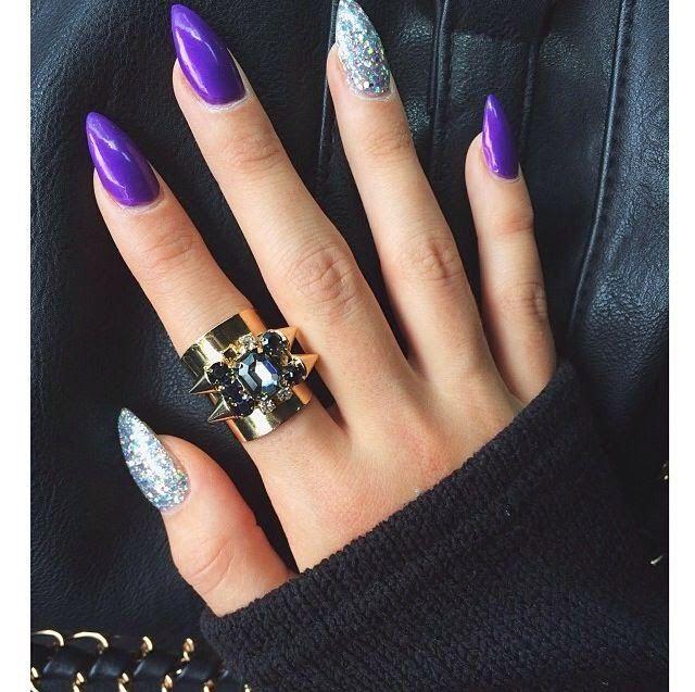 white stiletto nails short photo - 1