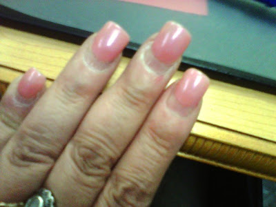 will acrylic nails grow out photo - 2