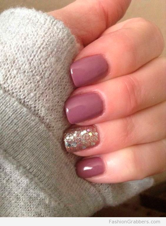winter short acrylic nails photo - 1