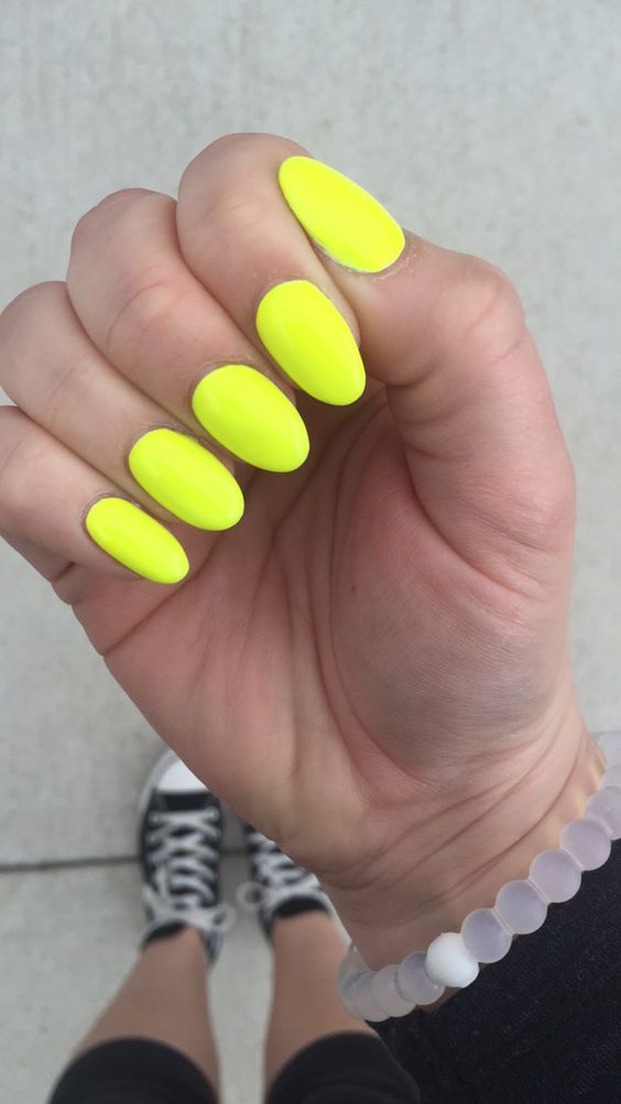 yellow and blue stiletto nails photo - 2