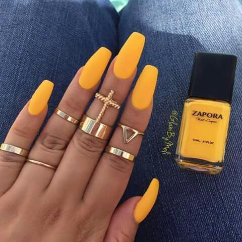 yellow coffin nails photo - 2